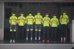 21-equip-fem-010